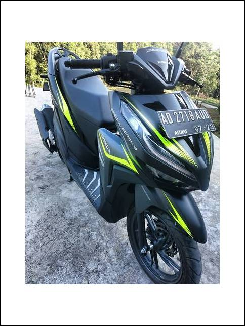 Modifikasi Vario 150 Decal