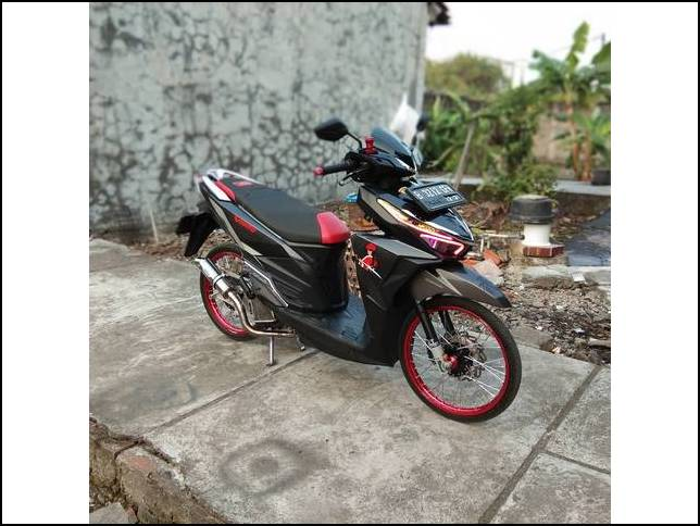 Modifikasi Vario 150 Thailook